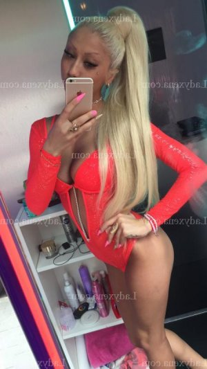 Caridad escorte lovesita massage