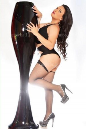 Kaitline ladyxena escorte girl