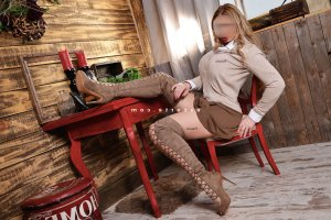 Rokya escort girl